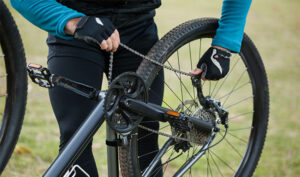 How To Tighten A Bike Chain